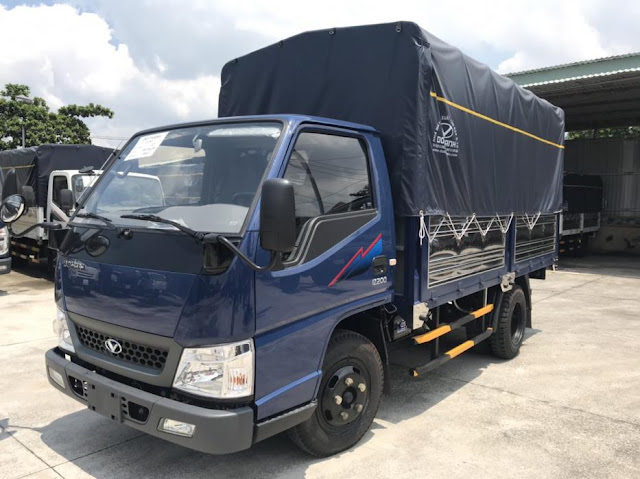 Giá xe tải Đô Thành IZ200 thùng bạt