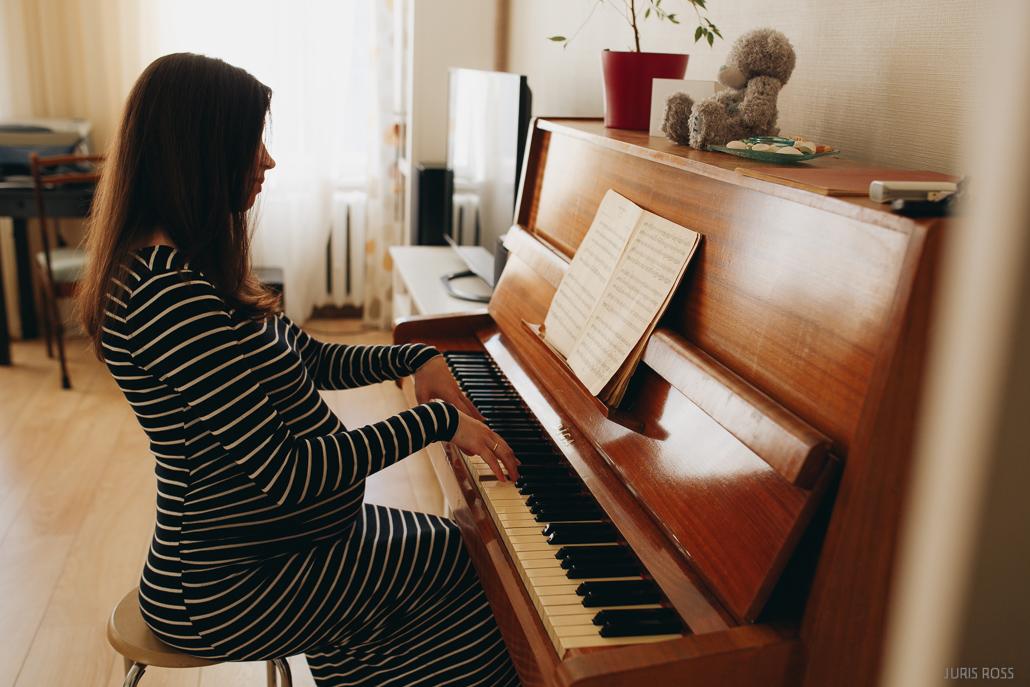 klavierspēle mājās