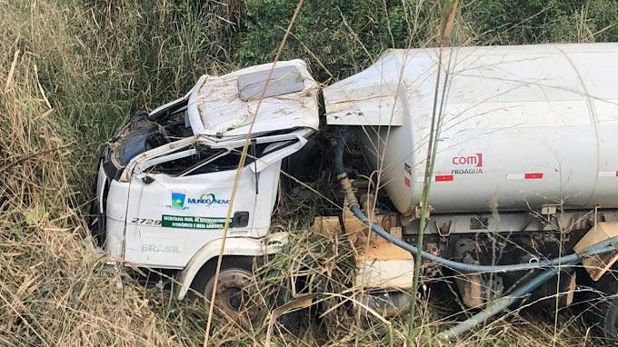 Caminhão-pipa tomba e deixa feridos no município de Mundo Novo