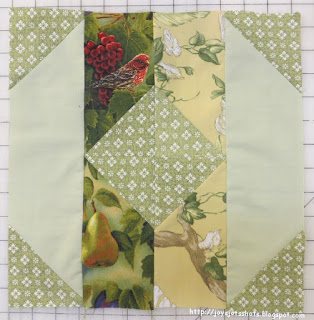 http://joysjotsshots.blogspot.com/2016/03/quilt-shot-block-61-iowa-from-splendid.html