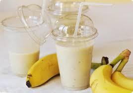 أهم فوائد عصير الحليب بالموز للصحه والشعر والبشره