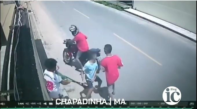 Guarda Municipal prende dois, dos três assaltantes que tomaram bolsa de mulher, em Chapadinha-MA