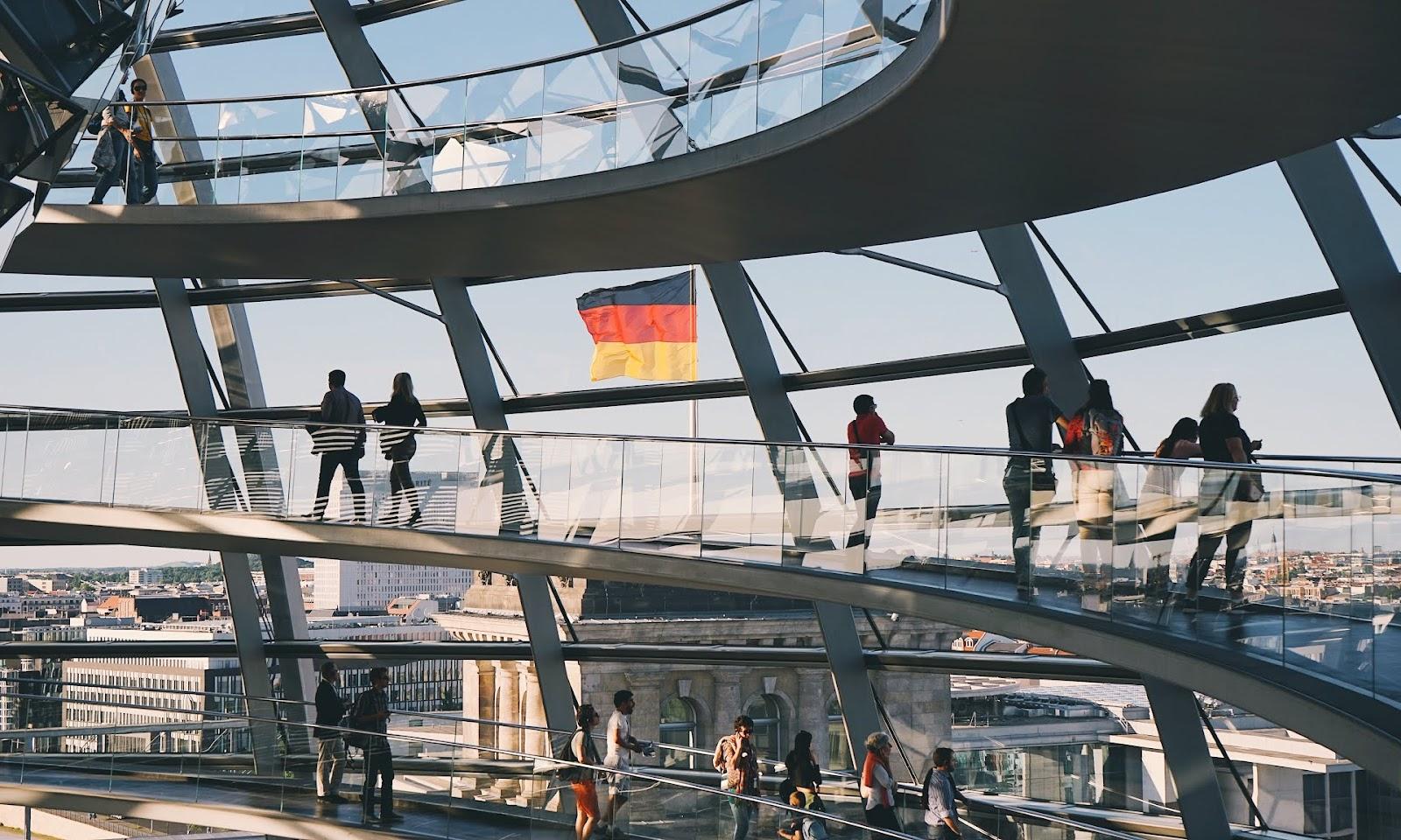 GDZIE I JAK UCZYĆ SIĘ NIEMIECKIEGO W BERLINIE?