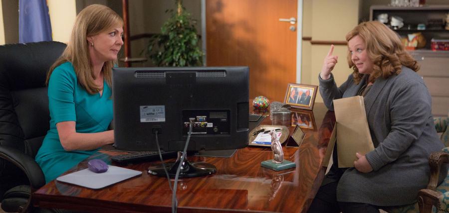 Melissa McCarthy şi Allison Janney în comedia Spy (2015)