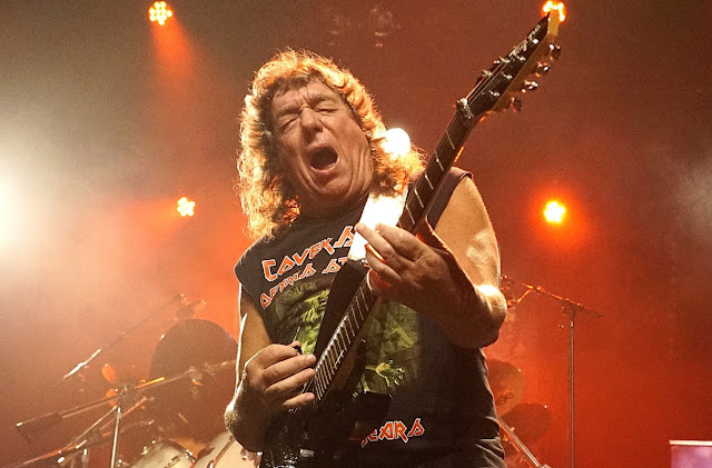 Dennis Stratton: shows no Brasil para celebrar os 40 anos do primeiro disco do Iron Maiden