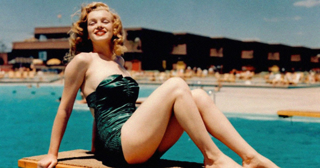 40 Iconic Moments of Marilyn Monroe in Bikini and Swimsuit From Between the 1940s and 1960s