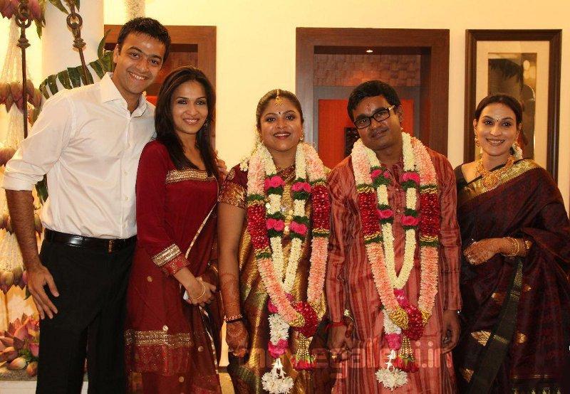 Kamal Raja Hd Wallpaper Rajini Selvaraghavan Gitanjali Raman Engagement Stills