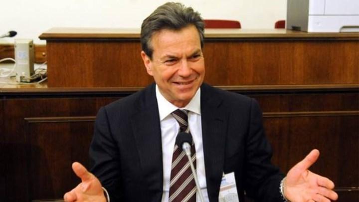 Ο Τάσος Πετρόπουλος σήμερα σε ανοιχτή γενική συνέλευση του ΣΥΡΙΖΑ Λάρισας