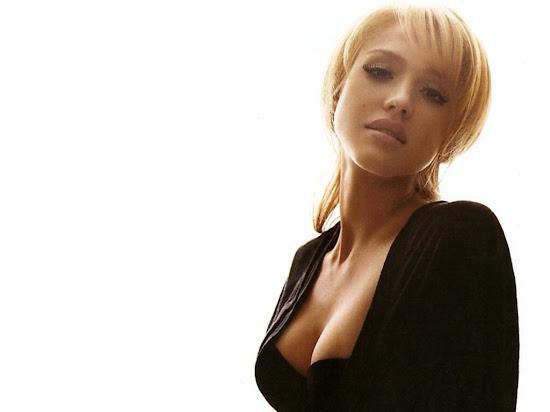 Hot Celebrity Jessica Alba