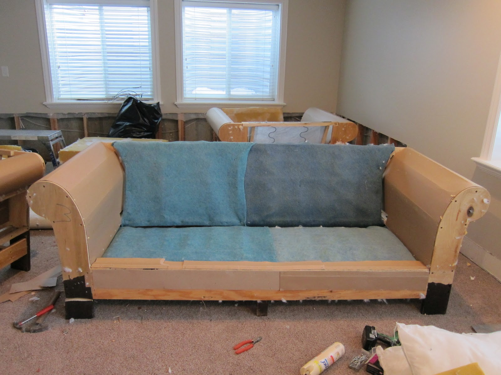Sofa Foam Meaning Do It Yourself Divas Diy Strip Fabric From A Couch And Reupholster It