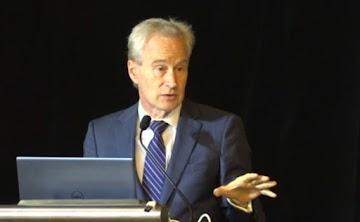 """Proteja nossas crianças: vacinas COVID """"não é segura sob quaisquer condições"""", alerta especialista de renome Dr. Peter McCullough"""