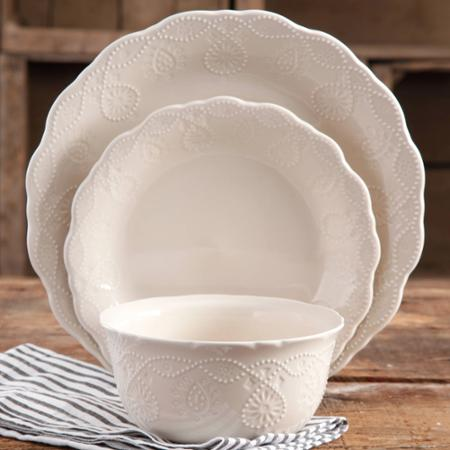 I came across these  Cowgirl Lace  white dishes designed by Pioneer Woman Ree Drummond whose blog Iu0027ve followed since before she was a big Food Network ... & Going to Pieces: Dishes dishes and more dishes