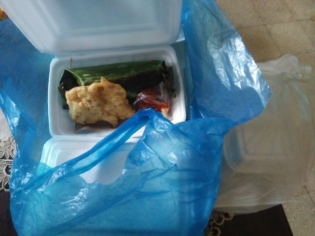 Bisnis Kuliner dari Rumah dengan Go Food dan Grab Food