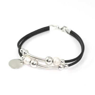 Originales pulseras con perlas y plata