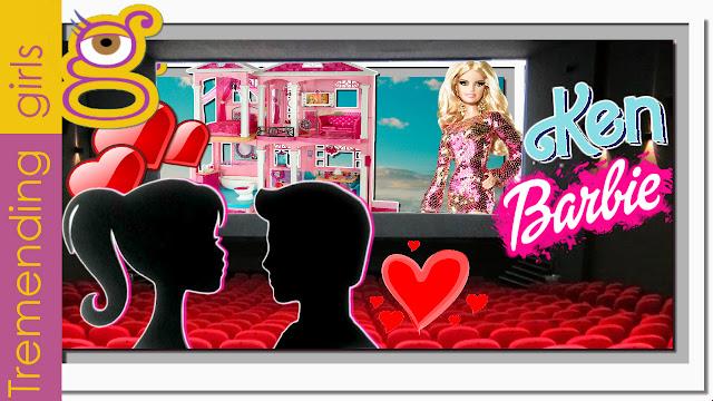 Barbie y Ken se citan en la Barbie Dreamhouse para ir al cine