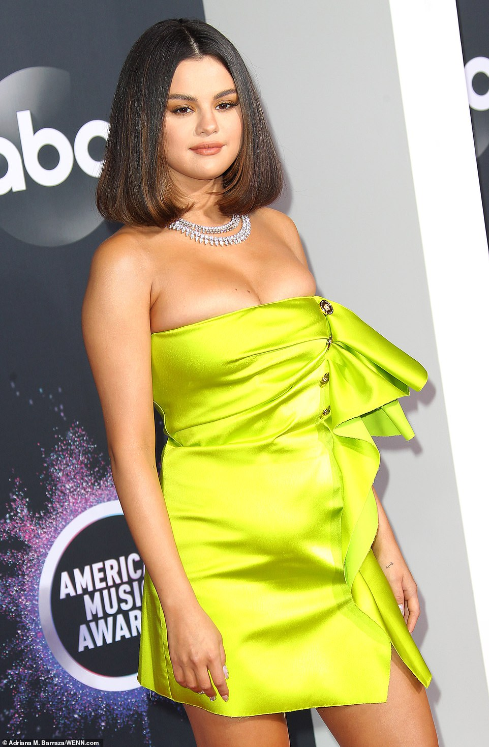 Selena Gomez shows off cleavage at the 2019 American Music Awards in LA