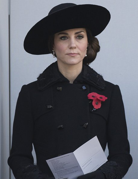 Kate Middleton wears Diane von Furstenberg coat to 2016 Remembrance Day
