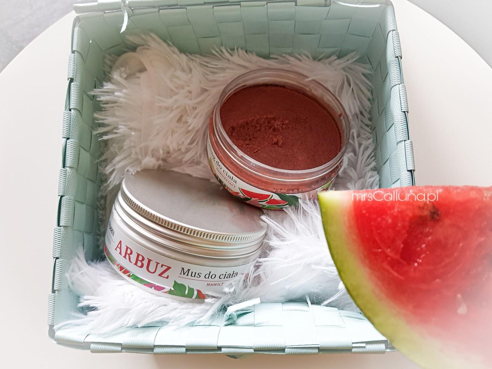 Mohani Wild Garden - arbuz  Nawilżający peeling do ciała