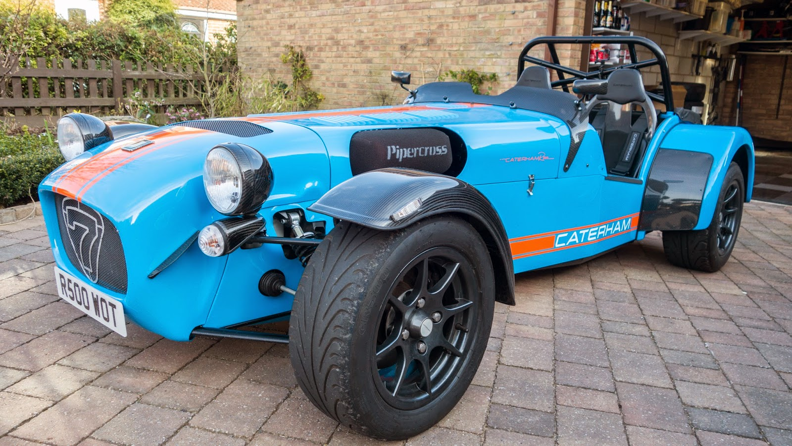 Caterham R500 with Carbon Fibre Headlights