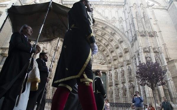 Suspendidas las tres primeras procesiones sacramentales de Sevilla por el coronavirus