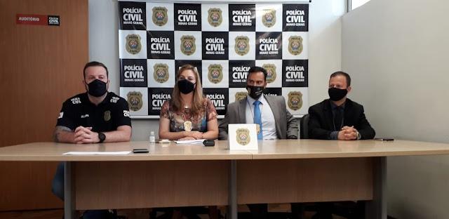 Delegados em entrevista coletiva sobre a prisão de um suspeito que corto o braço da vítima com machadinha em BH — Foto: Polícia Civil