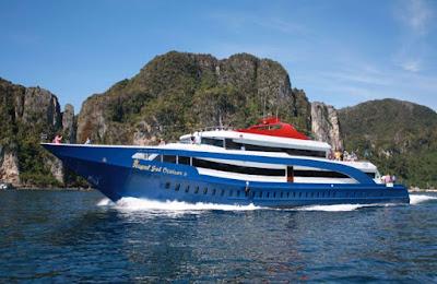 Majestic luxury Cruise Adkratsubsity