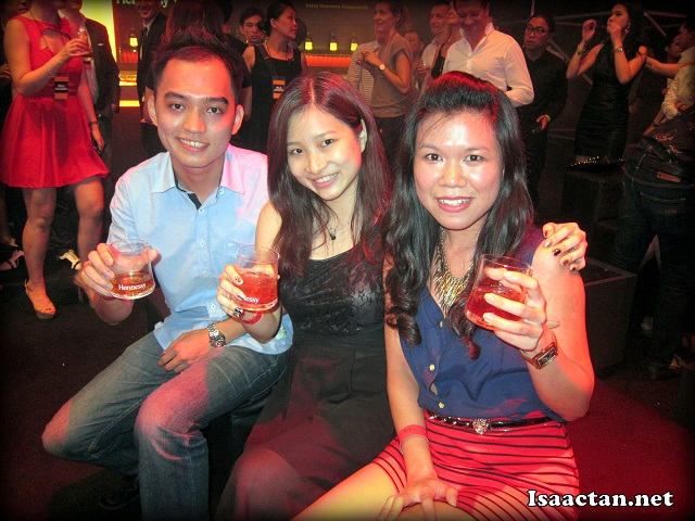 More Penang bloggers, Henry Tan, Constance and friend