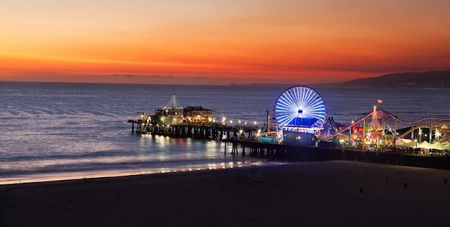 Informações sobre o Píer de Santa Monica na Califórnia