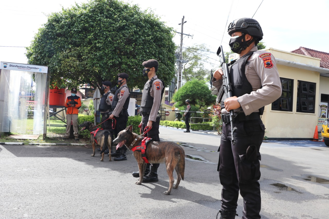 Ratusan Polisi di Kebumen Diterjunkan untuk Amankan Jumat Agung