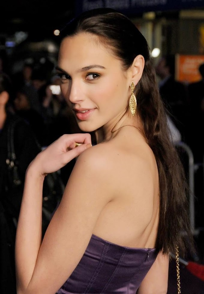 Gal Gadot (1984): Israeli actress and model