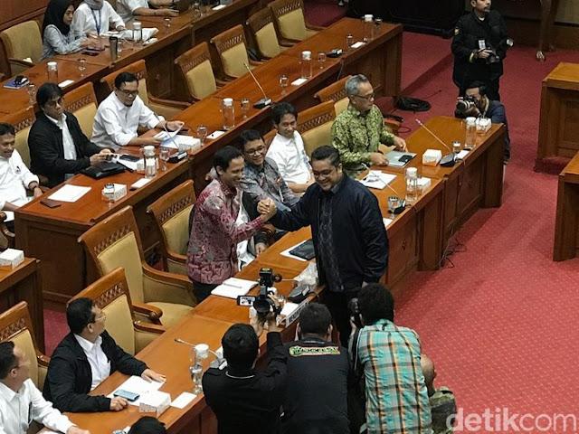 Legislator PKS Ingatkan Nadiem Presentasi Pakai Bahasa Indonesia