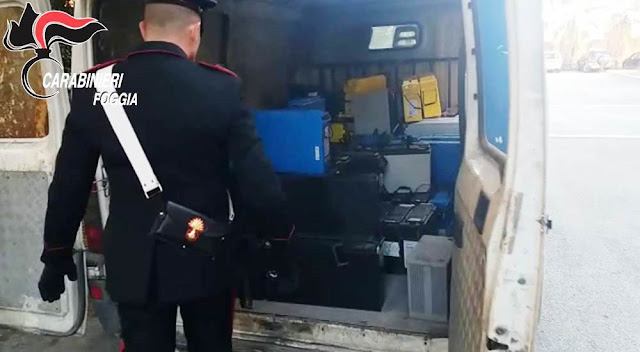 Stava scaricando refurtiva da un furgone. I Carabinieri di Cerignola sorprendono e arrestano 50enne già noto