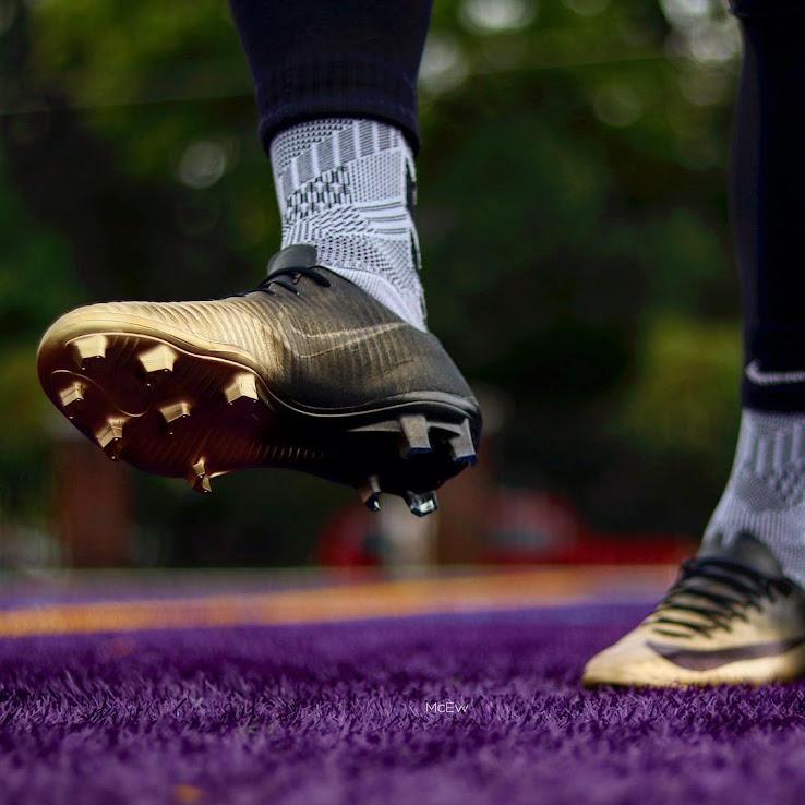 b3fe22695 Insane Custom Nike Mercurial Vapor Rare Gold Boots Created - Footy ...