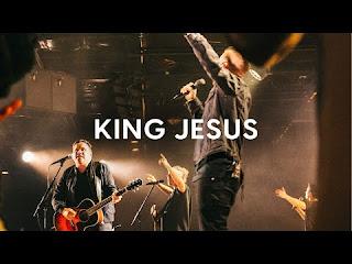 LYRICS + VIDEO: Matt Redman - King Jesus