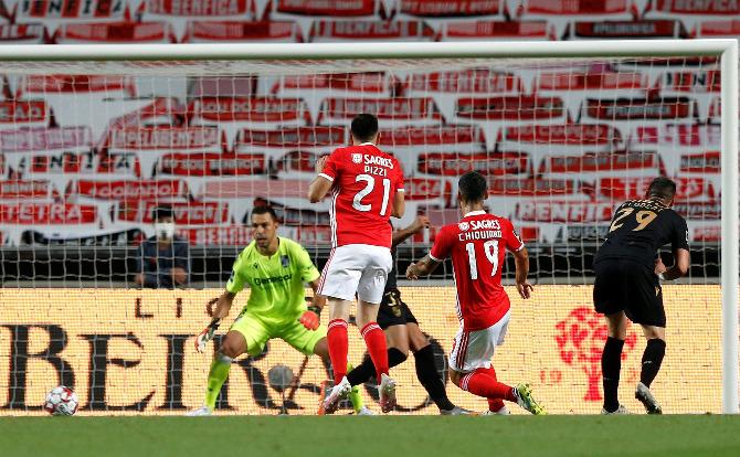 Chiquinho faturou o primeiro do Benfica