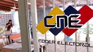 Este domingo la presidenta del CNE indicó que se puede extender la jornada electoral del 6D
