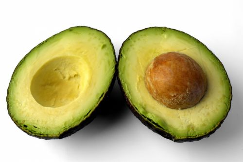 Eat more while losing weight and include avocado on your diet.