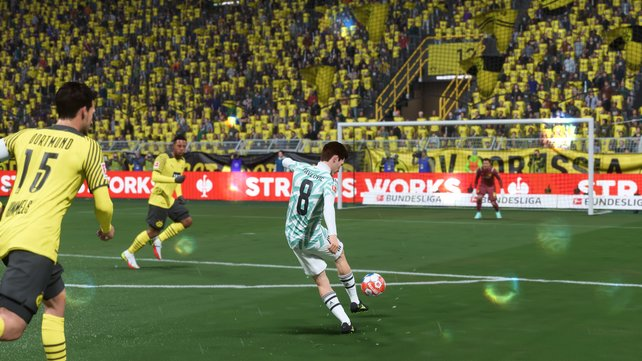 FIFA 22 | Score goals with a low shot, flair shot, overhead kicks and more