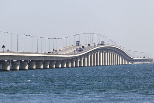 For the First Time since its opened, King Fahd Causeway has no Travelers - Saudi-Expatriates.com