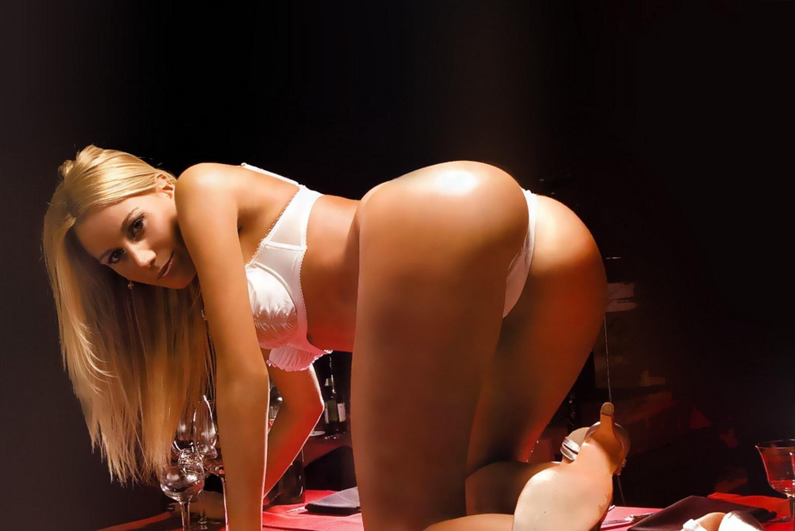 Видеоклип ютуб девушка еротика