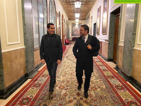 Antona y Pérez Sicilia solicitan una reunión urgente con la Directora  General de Costas