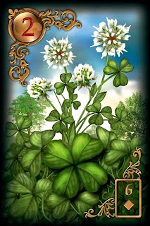 clover lenormand card, clover meaning and combinations, lenormand reading and predictions