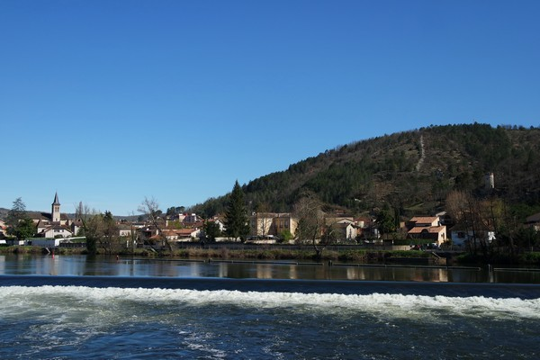 cahors bords lot promenade