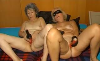 hard lesbian mature