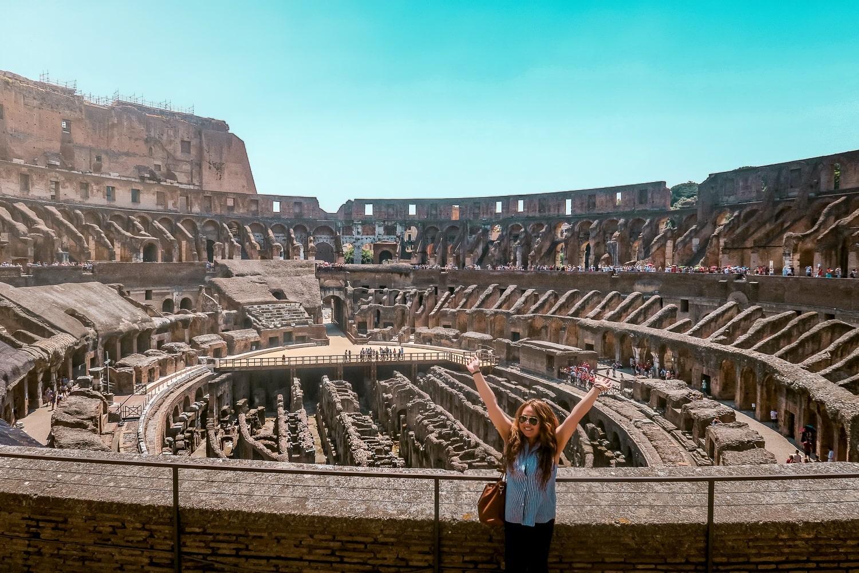 Colosseum Rome Italy, WanderlustBeautyDreams, Latina Travel Blogger, Contiki Europe