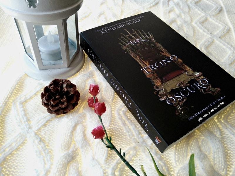 Foto del libro Un trono oscuro de la autora Kendare Blake