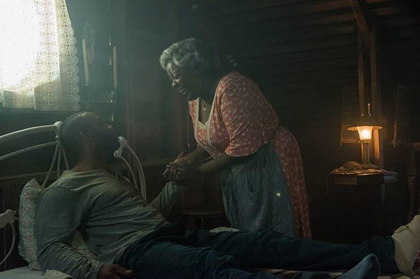 Рецензия на фильм «Заклинание» - необычный хоррор про худу, который подвёл сценарий - 01