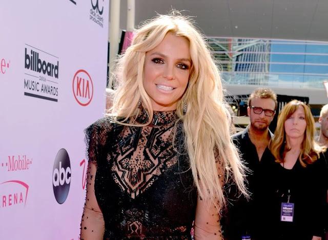 Elenco de la película biográfica de Britney Spears