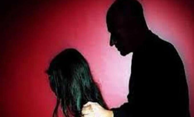 Mp में एक मुस्लिम आरोपी 11वी की छात्रा को फुसलाकर कर रहा था रेप, लोगों को पता चला तो कर दी जमकर पिटाई