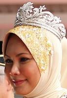 gandik diraja diamond tiara malaysia queen nur zahirah terengganu